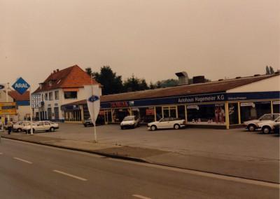 Das Versmolder Autohaus Mitte der 80er Jahre