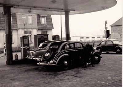 Die ARAL Tankstelle in der Anfangszeit