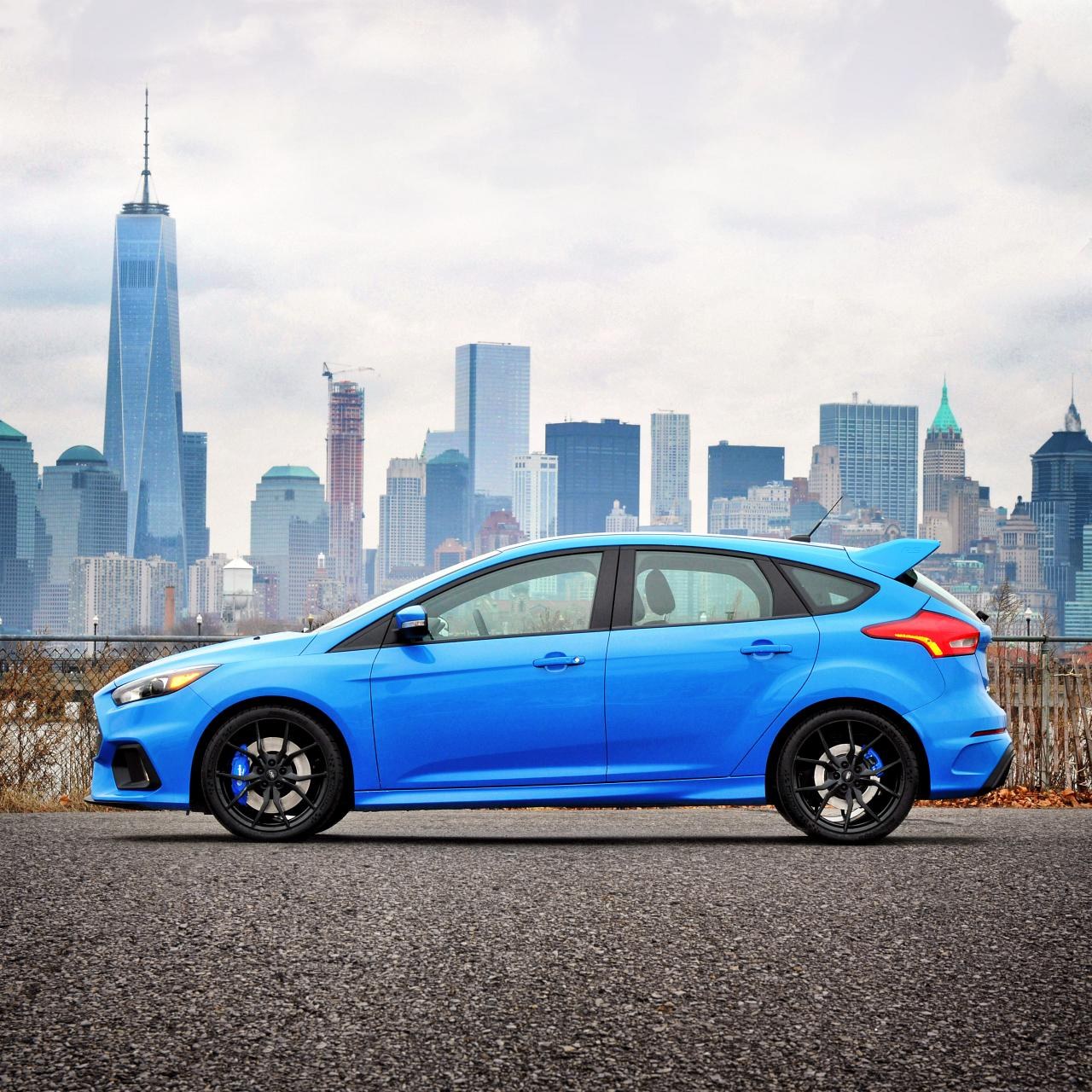 Ford-Hagemeier-FocusRS-NYSkyline-01-HR
