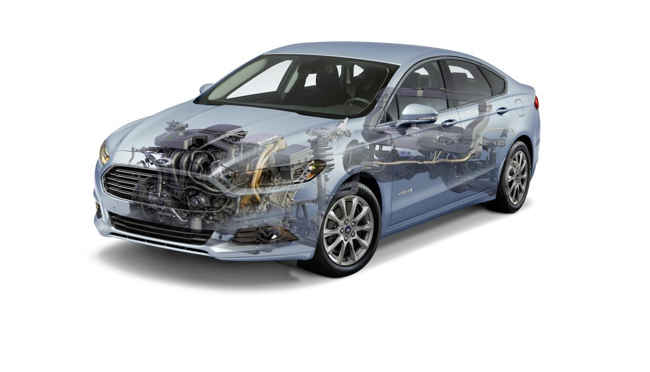 Ford Mondeo mit Hybridantrieb