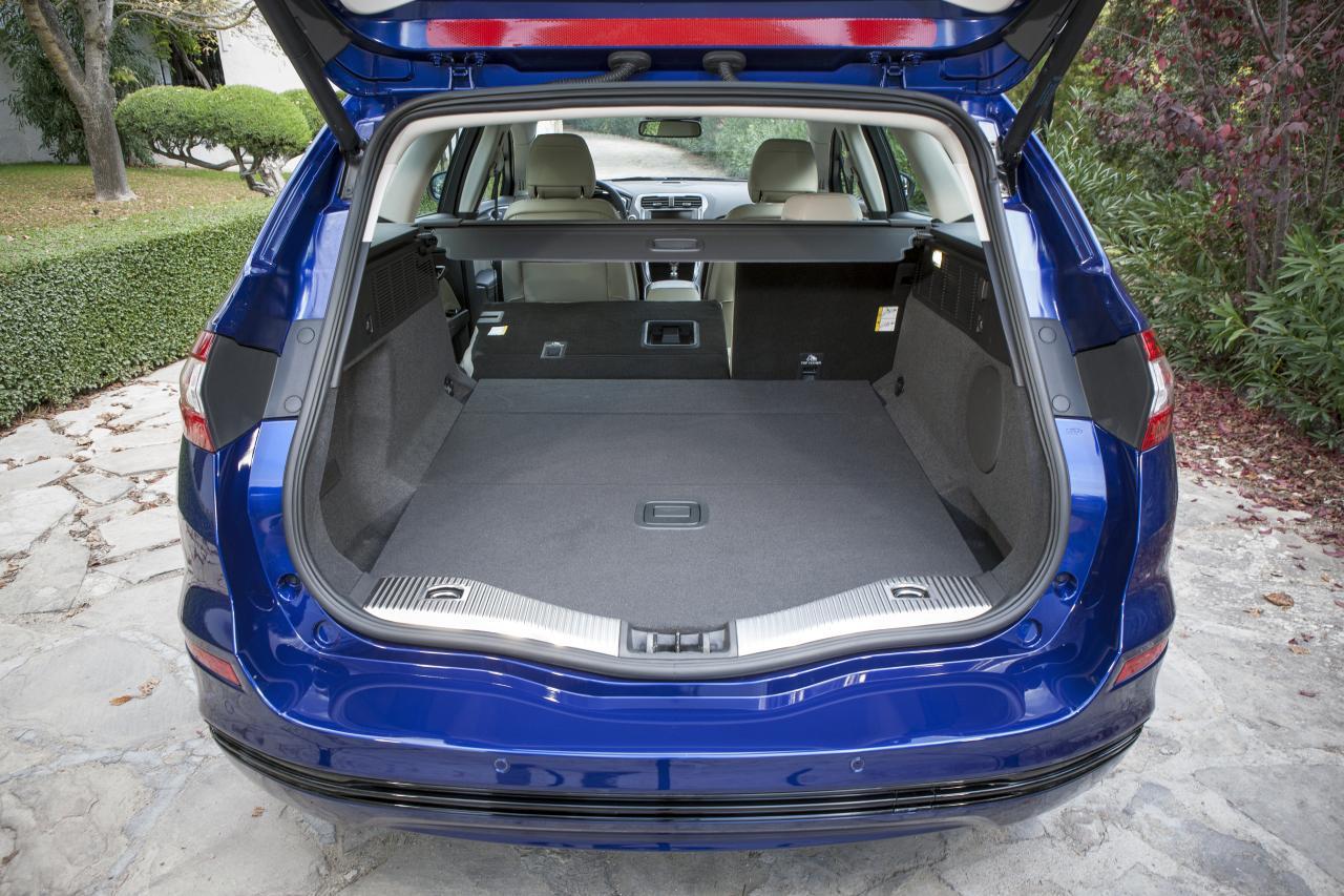 FordMondeo_Wagon_43-Hagemeier