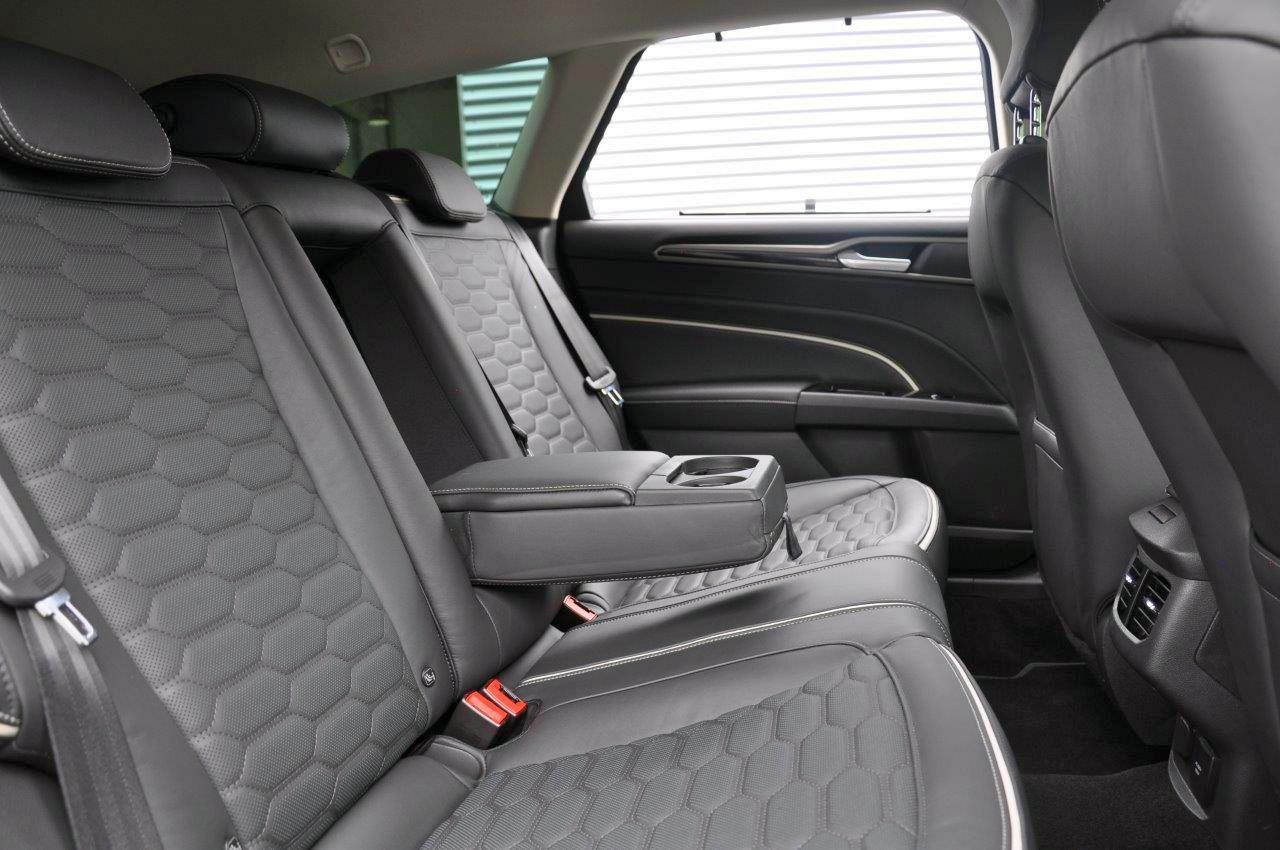 Mondeo-Vignale-FordStore-Hagemeier-04