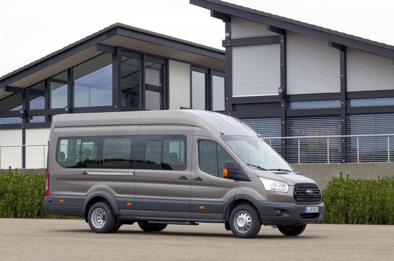 FordIAA2014_Transit_Bus_M2_01-Hagemeier