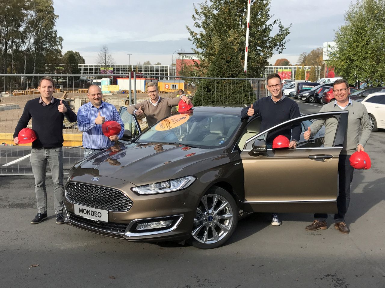 Baustellen Angebot Nr. 3: Ford Mondeo Vignale
