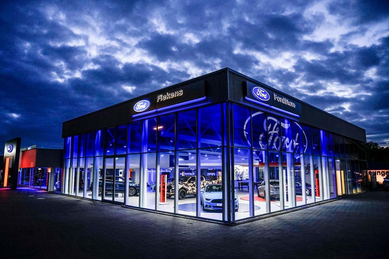 FordStore Fiekens Schloß Holte