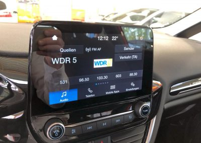 Ford-Fiesta-Lifestyle-Innenraum-01